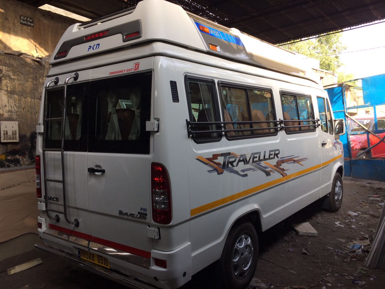35, 36, 40, 54, 55 seater Bus Hire in Delhi, Bus on Rent in