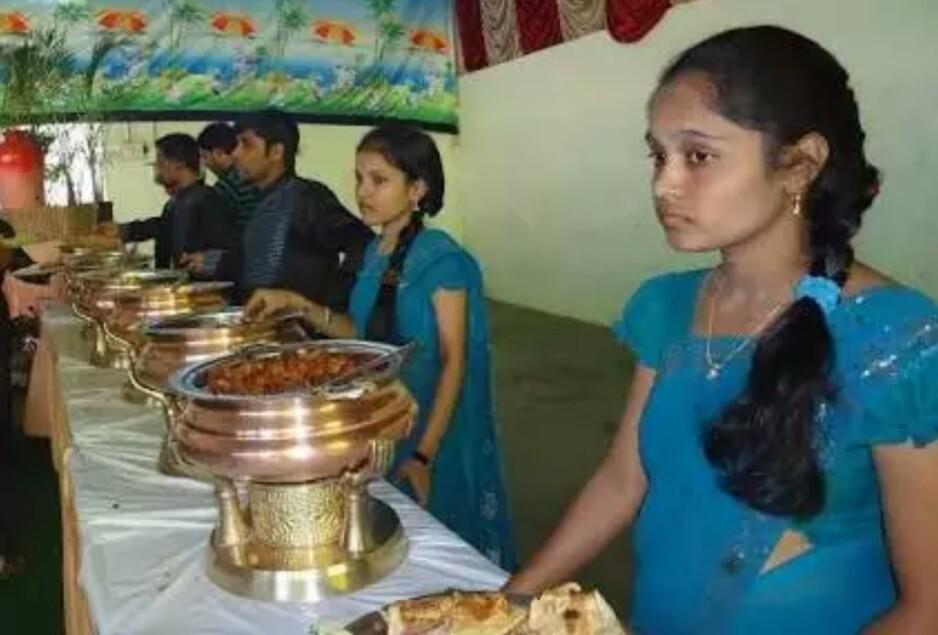 Sri Ganapathi Catering Service in Chanda Nagar, Hyderabad