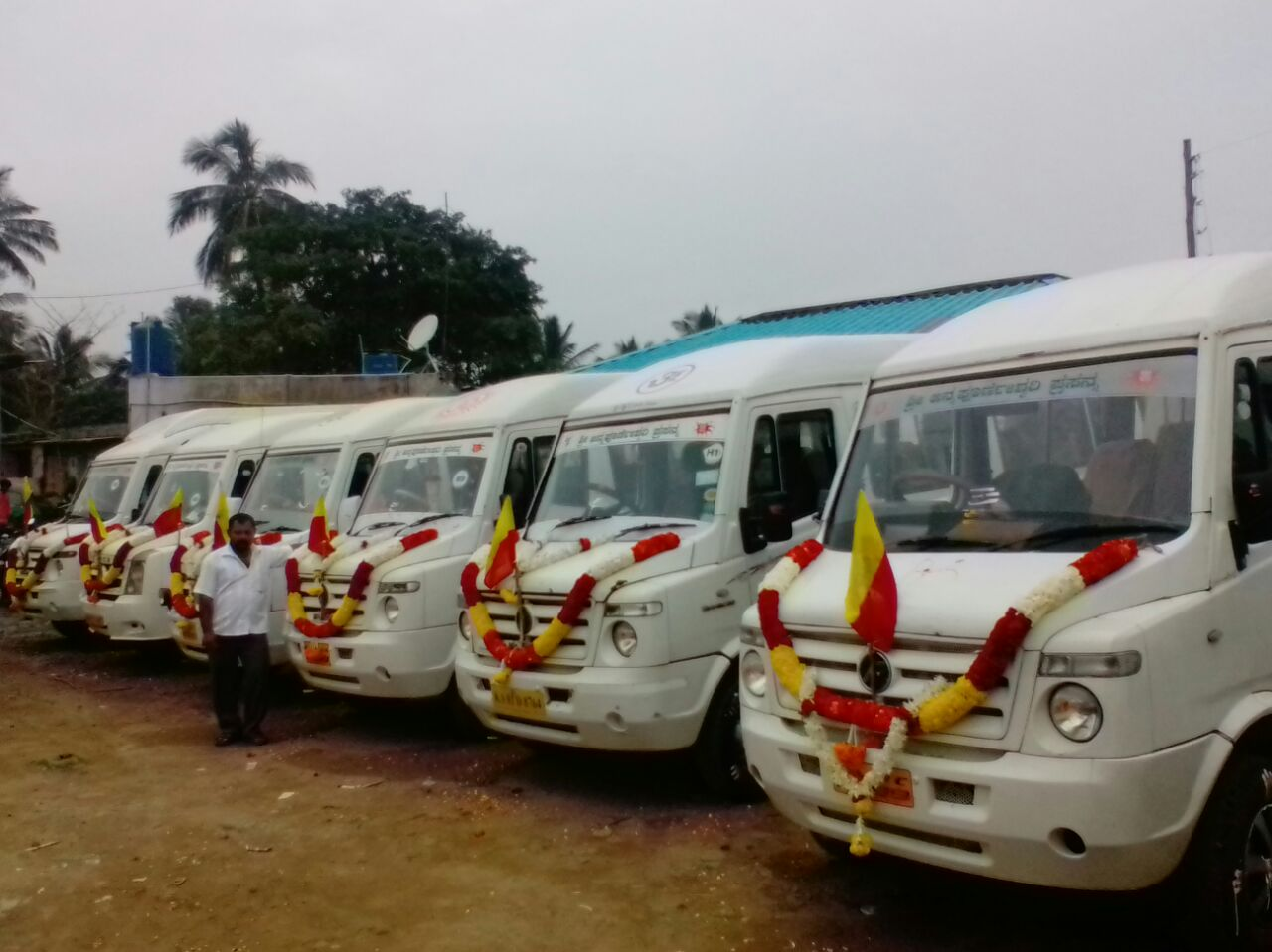 20, 25, 30, 35, 40, 50 seater Bus Rental in Bangalore, Bus Hire in